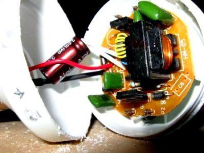 lampa-400x300-4093091